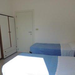Отель Villa Derna Римини комната для гостей фото 3
