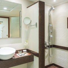Отель Coral Dubai Deira Hotel ОАЭ, Дубай - 2 отзыва об отеле, цены и фото номеров - забронировать отель Coral Dubai Deira Hotel онлайн ванная фото 2