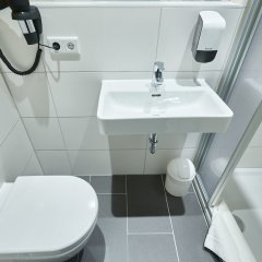McDreams Hotel Düsseldorf-City ванная
