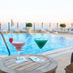 Отель The Marmara Taksim бассейн