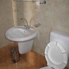 Отель Guest House Mihaela Болгария, Свети Влас - отзывы, цены и фото номеров - забронировать отель Guest House Mihaela онлайн ванная