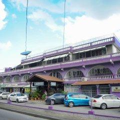 Отель Gloriana Hotel Ямайка, Монтего-Бей - отзывы, цены и фото номеров - забронировать отель Gloriana Hotel онлайн парковка