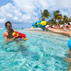 Отель Grand Lucayan Большая Багама приотельная территория
