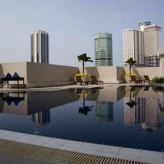 Отель Vistana Kuala Lumpur Titiwangsa Малайзия, Куала-Лумпур - отзывы, цены и фото номеров - забронировать отель Vistana Kuala Lumpur Titiwangsa онлайн бассейн фото 2