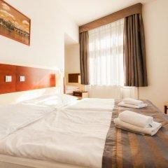 City Partner Hotel Gloria комната для гостей фото 2