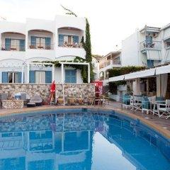 Отель Oasis Beach Hotel Греция, Агистри - отзывы, цены и фото номеров - забронировать отель Oasis Beach Hotel онлайн бассейн фото 2