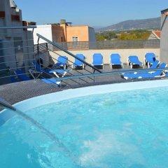 Отель Ciutadella Испания, Курорт Росес - 1 отзыв об отеле, цены и фото номеров - забронировать отель Ciutadella онлайн бассейн фото 3