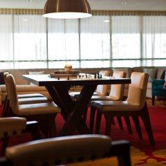 Отель Renaissance Newark Airport Hotel США, Элизабет - отзывы, цены и фото номеров - забронировать отель Renaissance Newark Airport Hotel онлайн питание фото 2