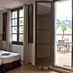 Апартаменты Aspasios Plaza Real Apartments комната для гостей фото 4