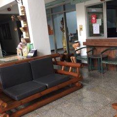 Апартаменты Baan Khun Mae Apartment интерьер отеля фото 2