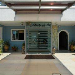 Отель Mistral Греция, Эгина - отзывы, цены и фото номеров - забронировать отель Mistral онлайн вид на фасад