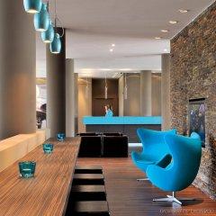 Отель Motel One Hamburg Airport Гамбург гостиничный бар