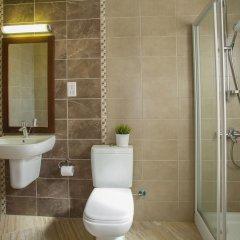 Отель Fig Tree Bay Apartments Кипр, Протарас - отзывы, цены и фото номеров - забронировать отель Fig Tree Bay Apartments онлайн ванная фото 2