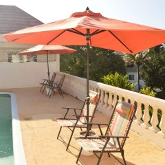 Отель Sea Grove Villa бассейн фото 3