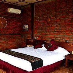 Отель Riverside @ Hsipaw Resort комната для гостей фото 3