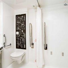Отель ibis London City - Shoreditch Великобритания, Лондон - 2 отзыва об отеле, цены и фото номеров - забронировать отель ibis London City - Shoreditch онлайн ванная