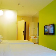 Отель Colour Inn - She Kou Branch Китай, Шэньчжэнь - отзывы, цены и фото номеров - забронировать отель Colour Inn - She Kou Branch онлайн сейф в номере
