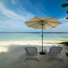 Отель Whiteharp Beach Inn Мальдивы, Мале - отзывы, цены и фото номеров - забронировать отель Whiteharp Beach Inn онлайн пляж