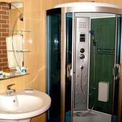 Отель Rimini Club Hotel Болгария, Шумен - отзывы, цены и фото номеров - забронировать отель Rimini Club Hotel онлайн ванная
