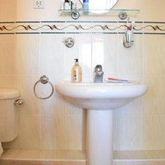 Отель 2 Bedroom Flat Next to Brockwell Park Великобритания, Лондон - отзывы, цены и фото номеров - забронировать отель 2 Bedroom Flat Next to Brockwell Park онлайн ванная