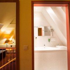 Отель Burghotel Nürnberg Германия, Нюрнберг - отзывы, цены и фото номеров - забронировать отель Burghotel Nürnberg онлайн ванная фото 2