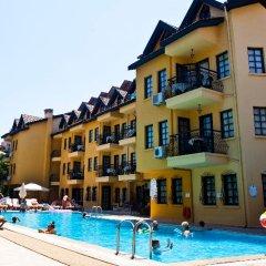 Апартаменты T & G Apartments бассейн