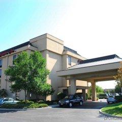 Отель Hampton Inn Columbus-International Airport США, Колумбус - отзывы, цены и фото номеров - забронировать отель Hampton Inn Columbus-International Airport онлайн парковка