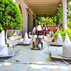 Отель Villa Velzon Guesthouse Черногория, Будва - отзывы, цены и фото номеров - забронировать отель Villa Velzon Guesthouse онлайн питание