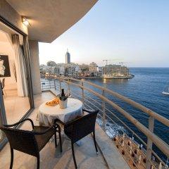 Отель Dream Space In The Centre Мальта, Баллута-бей - отзывы, цены и фото номеров - забронировать отель Dream Space In The Centre онлайн балкон