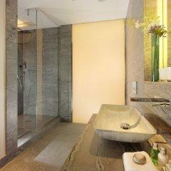 Отель Taj 51 Buckingham Gate, Suites and Residences ванная фото 2