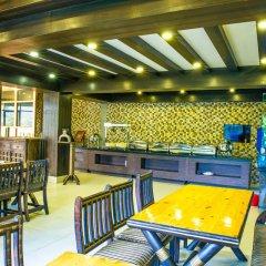 Отель Hilltake Wellness Resort and Spa Непал, Бхактапур - отзывы, цены и фото номеров - забронировать отель Hilltake Wellness Resort and Spa онлайн питание фото 2