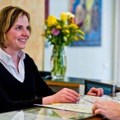 Отель Melantrich Чехия, Прага - 12 отзывов об отеле, цены и фото номеров - забронировать отель Melantrich онлайн интерьер отеля фото 3