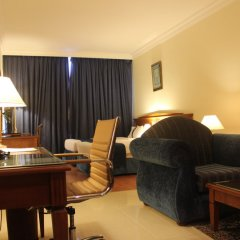 Отель Grand Excelsior Hotel Sharjah ОАЭ, Шарджа - 1 отзыв об отеле, цены и фото номеров - забронировать отель Grand Excelsior Hotel Sharjah онлайн удобства в номере фото 2