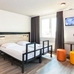 Отель a&o Frankfurt Ostend Германия, Франкфурт-на-Майне - отзывы, цены и фото номеров - забронировать отель a&o Frankfurt Ostend онлайн комната для гостей фото 2