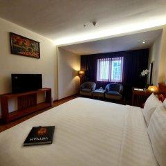 Saigon Hotel сейф в номере
