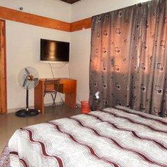 Deke Hotel and Suites Лагос комната для гостей фото 4