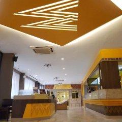 Отель Malaysia Hotel Таиланд, Бангкок - отзывы, цены и фото номеров - забронировать отель Malaysia Hotel онлайн интерьер отеля