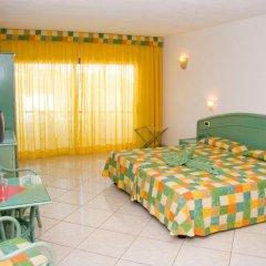Отель Aparthotel Esquinzo Y Monte Del Mar комната для гостей фото 4