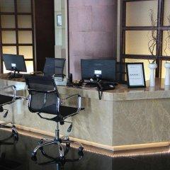 Отель Swissotel Bangkok Ratchada интерьер отеля