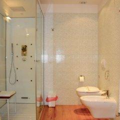 Отель Agriturismo La Risarona Италия, Грумоло-делле-Аббадессе - отзывы, цены и фото номеров - забронировать отель Agriturismo La Risarona онлайн ванная