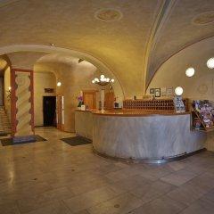 Отель Best Western Plus Hotel Meteor Plaza Чехия, Прага - 6 отзывов об отеле, цены и фото номеров - забронировать отель Best Western Plus Hotel Meteor Plaza онлайн интерьер отеля фото 2
