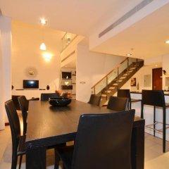 Отель VacationBAY-DIFC-Liberty House Дубай гостиничный бар