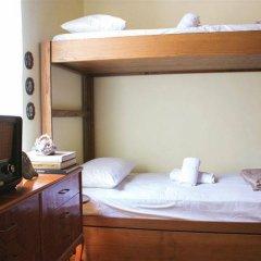 Отель Athens Quinta сейф в номере