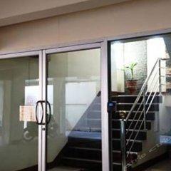 Отель Kittiporn Apartment Таиланд, Бангкок - отзывы, цены и фото номеров - забронировать отель Kittiporn Apartment онлайн балкон