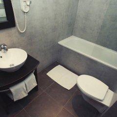 Отель Hôtel de Suède Франция, Ницца - 8 отзывов об отеле, цены и фото номеров - забронировать отель Hôtel de Suède онлайн ванная