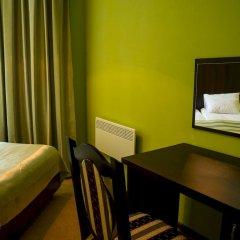 12 Месяцев Мини-отель Одесса сейф в номере