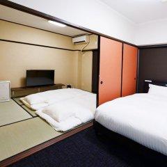 Отель Akasaka Haitsu Фукуока сейф в номере
