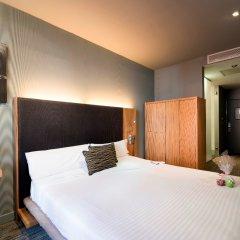Отель Petit Palace Tres Cruces комната для гостей фото 3