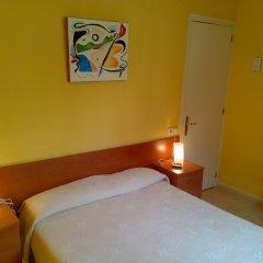 Отель Hostal Lleida комната для гостей фото 7