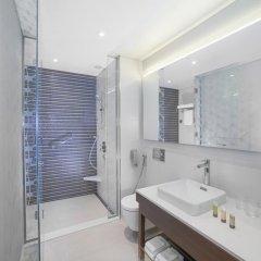 Отель Hyatt Place Dubai/Wasl District ванная